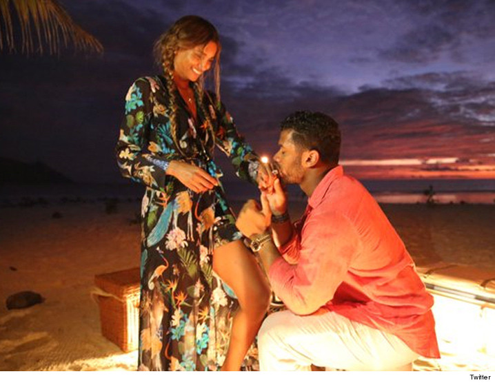 0311-ciara-russell-wilson-engaged-twitter-4