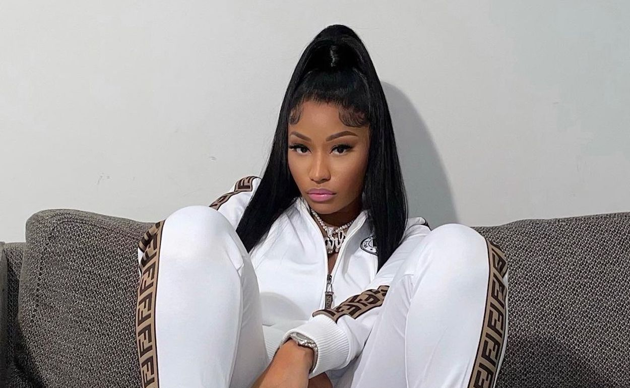 Nicki-Minaj-Fendi-Big-Barbie